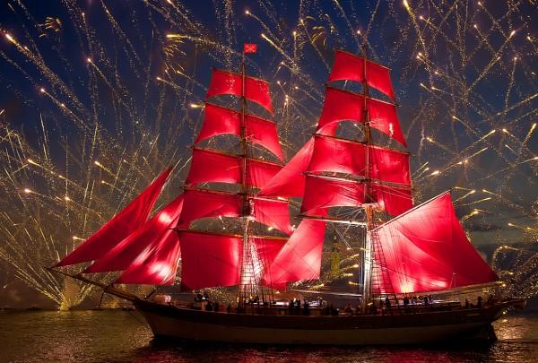 алые паруса 2015 года фейерверки