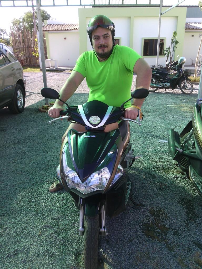 казантип 2015 z-23 камбоджа z-island аренда скутера байка