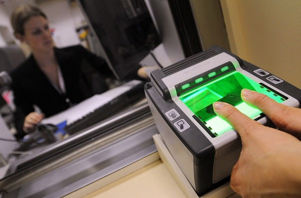 виза шенгенская отпечатки пальцев с 2015года