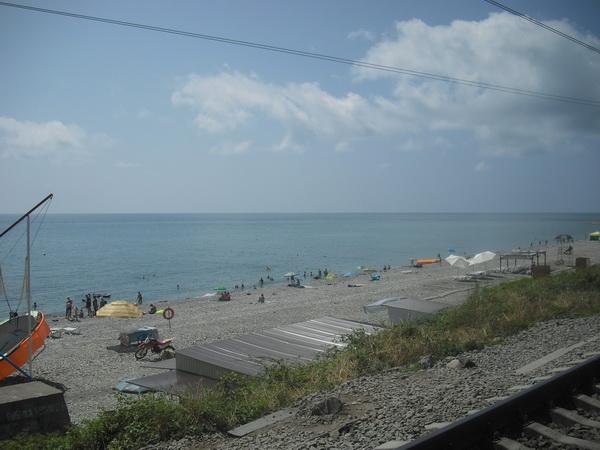 Аше основной пляж посёлка