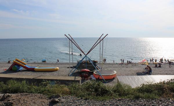 аше пляж галька черное море развлечения