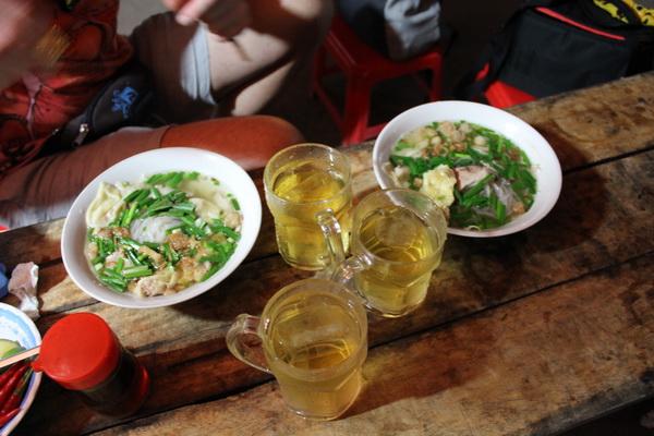 дешёвое кафе локал во Вьетнаме на Фукуоке цена еды 2017 года-18-134