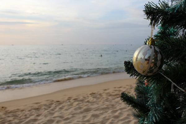 Поздравление с Новым годом с Фукуока