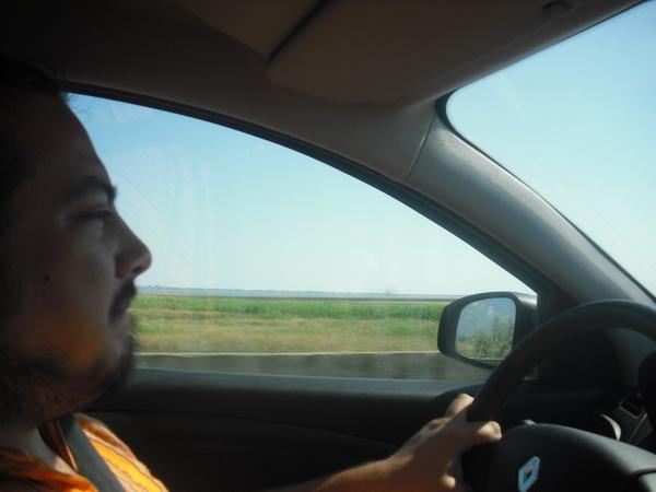 сколько стоила поездка на машине по краснодарскому скаю на чёрное и азовское море бензин платные участки