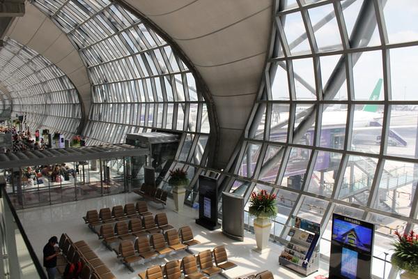 Суварнабхуми аэропорт дорога от бангкока до Паттайи и обратно
