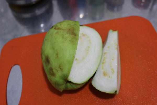 фрукты Вьетнама в 2017 году на острове Фукуок, стоимость, вкус, впечатления и что стоит попробовать розовое гуава