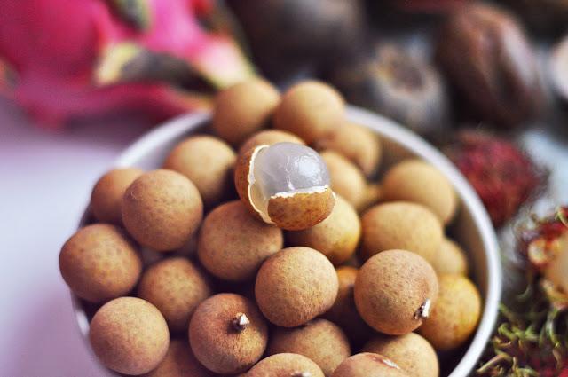 фрукты Вьетнама в 2017 году на острове Фукуок, стоимость, вкус, впечатления и что стоит попробовать зеленые тропические лонган