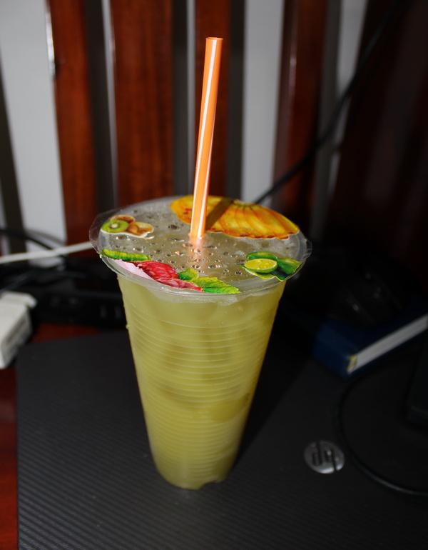 фрукты Вьетнама в 2017 году на острове Фукуок, стоимость, вкус, впечатления и что стоит попробовать зеленые тропические сок из сахарного тростника