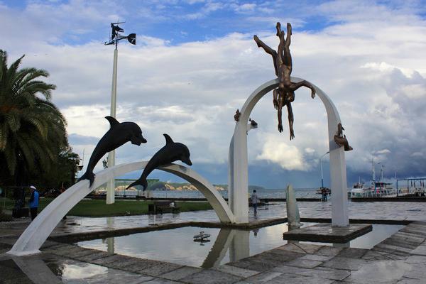 достопримечательности Абхазии 2017 фонтан ныряльщики