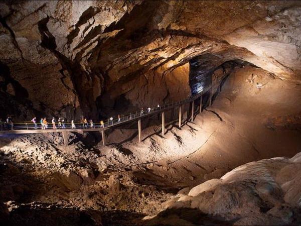 достопримечательности Абхазии новоафонская пещера