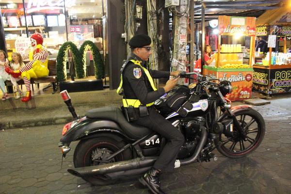 аренда байка скутера в Паттайе Таиланде полиция