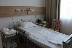 роды во Вьтнаме на острове Фукуок палата в госпитале Винмек полеродовая палата