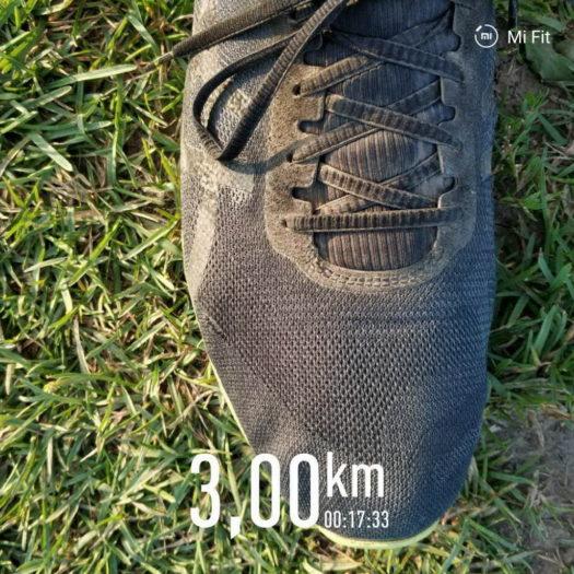 недорогие кроссовки для бега