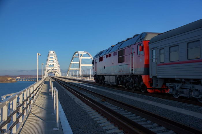 поезда в Крым буду ездить из Кисловодска, Мурманска и Екатеринбурга со своим маршрутом