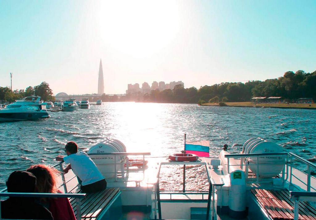 Водные экскурсии в Питере