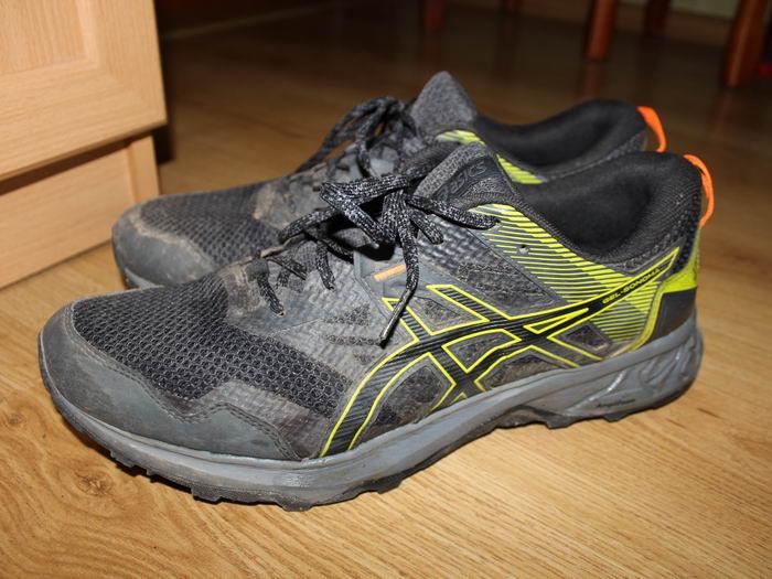 Выбор беговых кроссовок Asics Gel sonoma