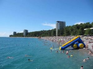 погода в Абхазии в августе